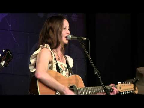 Carly Ritter - Storms on the Ocean - Live at McCabe's