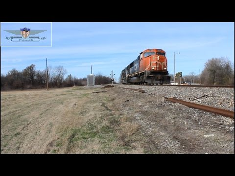 Southbound Canadian National G888 Grain Train w/ Illinois Central 1031!-Glendora, Mississippi