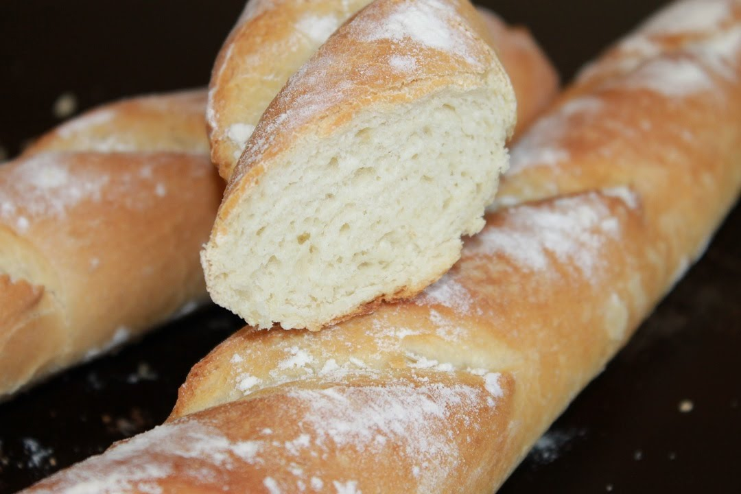 Домашний хлеб.Французский багет.