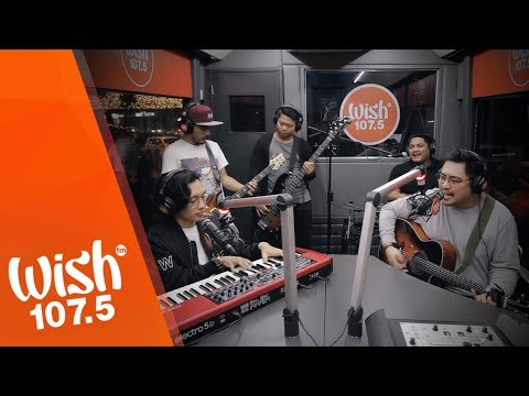 """December Avenue performs """"Kahit 'Di Mo Alam"""" LIVE on Wish 107.5 Bus"""