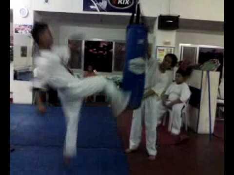 Taekwondo Zneralkiren Andaya