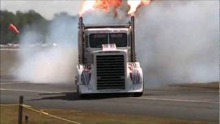 Shock Wave performing (jet powered big rig)