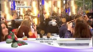 Pitbull Rocks New York Plaza Live May 25,2012