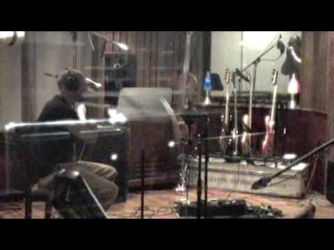 Blues Traveler's John Popper Plays Harmonica with Bruce Willis