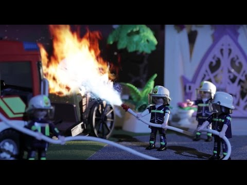 PLAYMOBIL And London Fire Brigade To The Rescue!