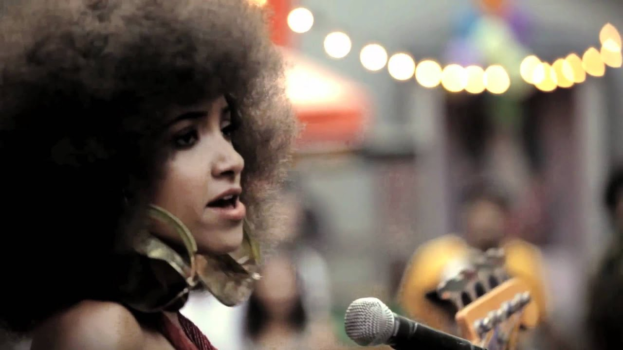 Esperanza Spalding BLACK GOLD- OFFICIAL Chords - Chordify
