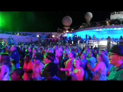 Carnival Sunshine - Deck Party (Cruise Addict Junkie)