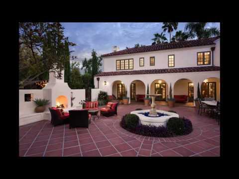 15 Luxurious And Classy Mediterranean Patio Area Designs