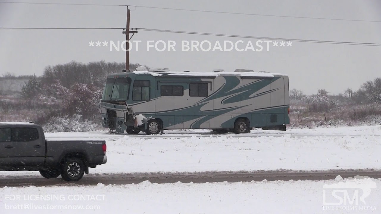 1-3-19, I-40 Westbound Shutdown with Major Traffic Issue and Wrecks,  Shamrock TX  mp4