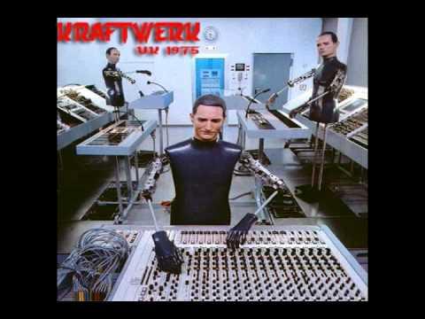 Kraftwerk - Showroom Dummies (UK 1975. Live)