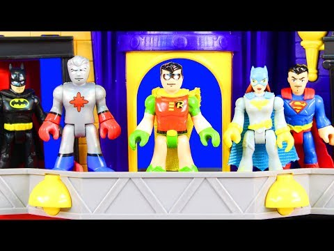 Imaginext Legends Of Batman Heroes Of Gotham City Vs. Villains Captain Atom Smashes Joker