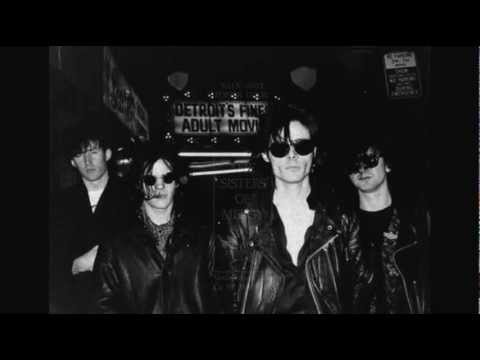 THE SISTERS OF MERCY - Poison Door