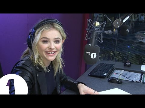 Chloë Grace Moretz and Grimmy's Karaoke