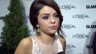 Selena Gomez Says That Miley Cyrus Is Making A Mistake