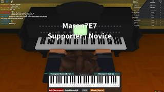 Playing B lasagna on a roblox piano with my friend