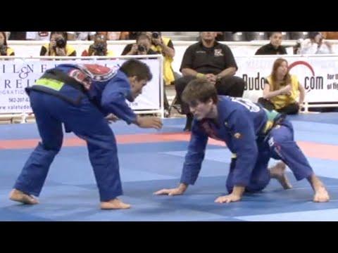 """Rubens """"Cobrinha"""" Charles VS Rafael Mendes / World Championship 2009"""