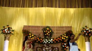 Mehandi Dance (Titli-Shubharambh-Nagada Sang Dhol) by Melisha & sindhuja