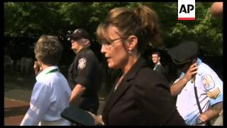 Sarah Palin and family visit Statue of Liberty