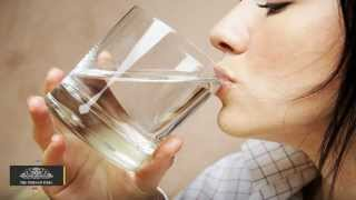 How Drinking Water Helps Reduce Dark Circles