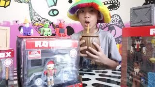 🍗 UNBOXING MAIS ROBLOX BRINQUEDOS SÉRIE 2 MYSTERY BOXES & ROBLOX ROLEPLAY (3)