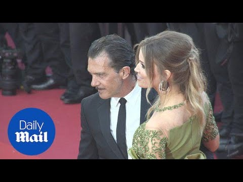 Antonio Banderas and girlfriend Nicole looked loved up in Ca