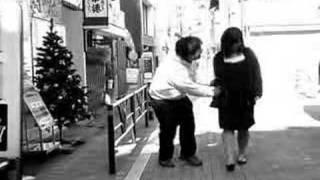 2005年11月に渋谷で行われたお笑いライブのオープニング映像です...