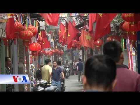 Người Việt hoan nghênh thượng đỉnh Trump-Kim ở Hà Nội (VOA)