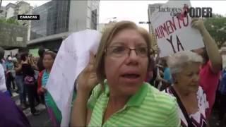 PROTESTAN EN SEDE DE SEGURO SOCIAL POR AUMENTO DE SUBSIDIO