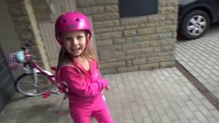 Поездка по нашему Городку на 🚲 ВЕЛОПЕДЕ 😆 ! Велопед это Велоход с педалями :))) 🚵 review vlog