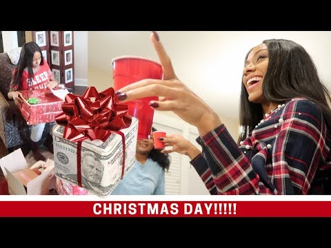 CHRISTMAS AT MY MOM AND DAD'S HOUSE?!? VLOGMAS DAY 25