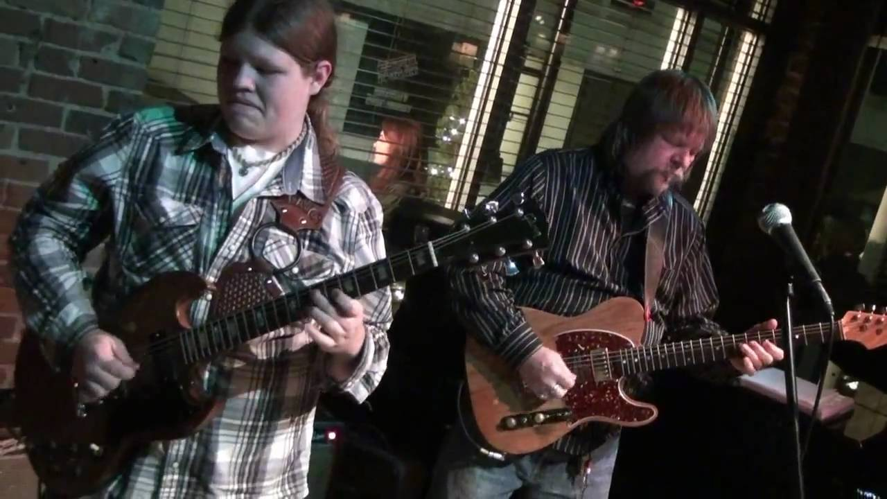 10 marcus king band playing at brown street club greenville sc 4 22 11 youtube. Black Bedroom Furniture Sets. Home Design Ideas