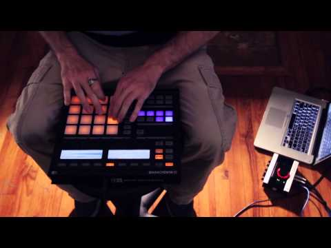 Justin Aswell - Mashing Buttons (Maschine Solo)