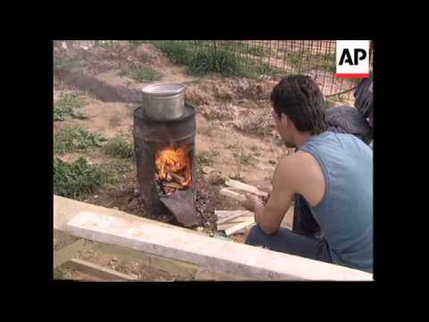 ISRAEL: FOREIGN WORKERS REPLACE PALESTINIAN LABOUR