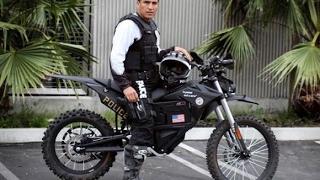 Polícia de Los Angeles ganha motos elétricas off road para fazerem as rondas