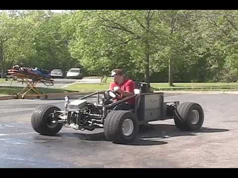 Justin 39 s mini hydraulic crawler youtube for Hydraulic track drive motor