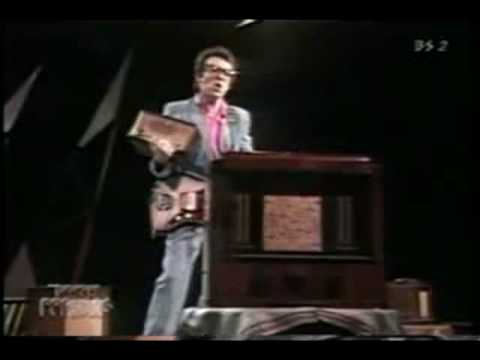 Elvis Costello,  Radio Radio (1979).