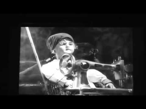 Fushigi Kenkyūkai's Electric Shadow Theater: Dziga Vertov's Man With A Movie Camera