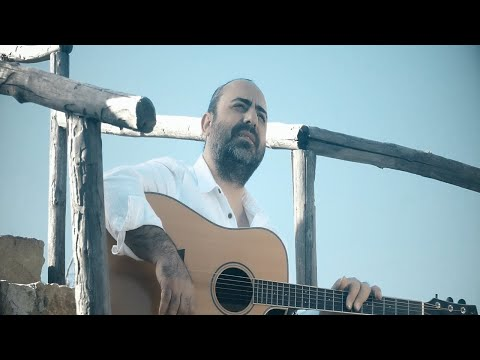 Sinan Güngör - Yürürüm (Official Video)