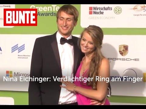 Nina Eichinger: Verdächtiger Ring am Finger - BUNTE TV