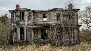Collapsing ABANDONED Farm Houses Down South
