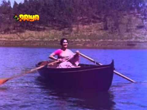 KAARI BADARIYA MAARE LEHERIYA -LATA SHAKEEL -NAUSHAD (AADMI 1968)