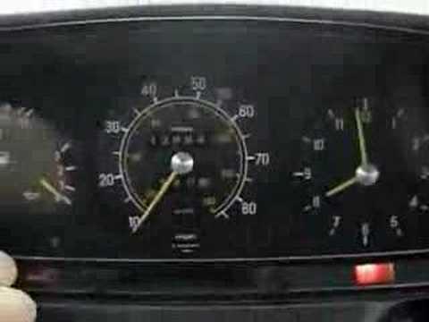 1982 Mercedes 240d 8 degree cold start w123