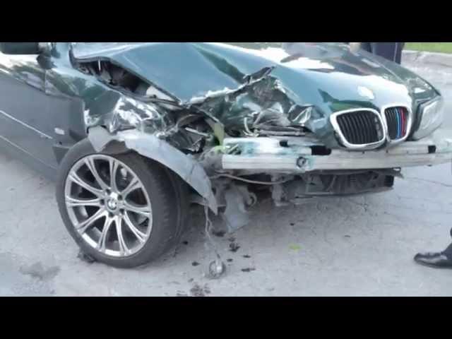Ul  Samsonowicza w Lublinie  Nieudany drift BMW  Efekt  Trzy rozbite auta