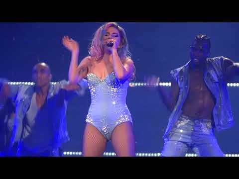 Lady Gaga - Telephone (Live)