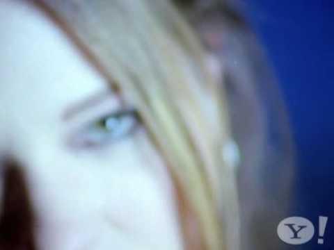 HELIUM (starring Mary Timony) - Superball (promo video)