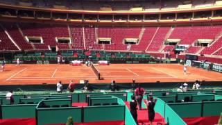 Semifinal COPA DAVIS 2011:España-Francia Gilles Simon y Richard Gasquet entrenando