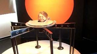 Mirror Tricks of Magic Shows at the Science and Technology Museum MadaTech -12