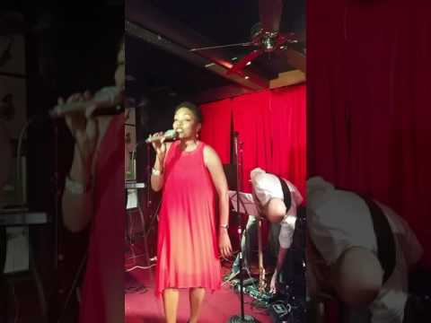Maria Howell @Cafe 290