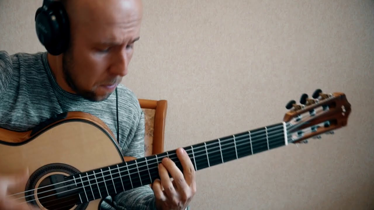 Show Must Go On /Queen/ Classical Guitar Cover