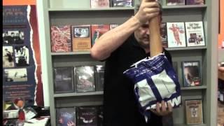 Vídeo: Aparición de palo de 2 metros y medio